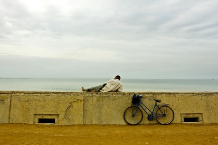 Man-and-bicycle-Casablanca-Morocco