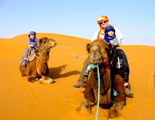 Family-Sahara-Desert-Trek-Tour