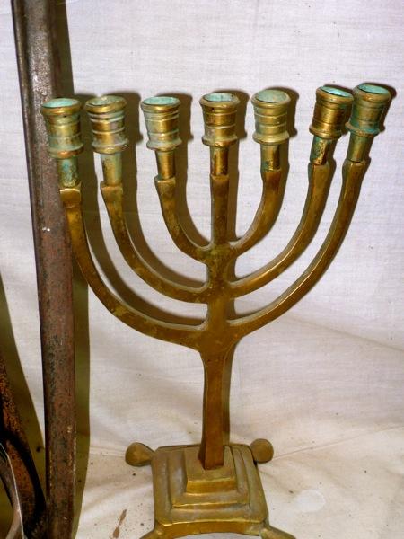 Amezrou-Zagora -Jewish-Mellah-Menorah