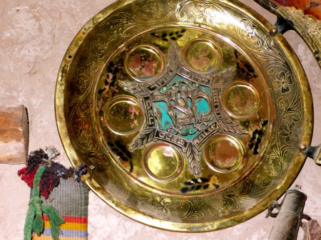 Jewish-Seder-Plate-Amezrou-Zagora-Old-Jewish-Mellah
