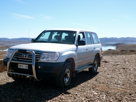 Morocco-4x4-Tour-Toyota-Landcruiser -Lake-El-Mansour
