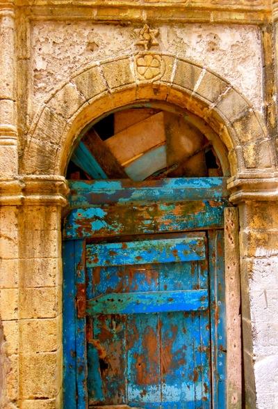 Door ... & Moroccan Doors of Essaouira Your Morocco Travel Guide u2013 Morocco ...